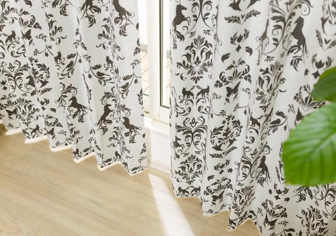 動物モチーフのダマスク柄2級遮光カーテン ダイアナ