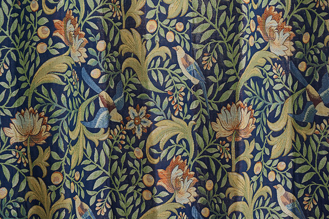 ジャガード織で細かな模様を表現した3級遮光カーテン フロージュ