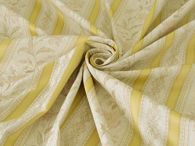 ノスタルジックな織が魅力のカーテン マデレン