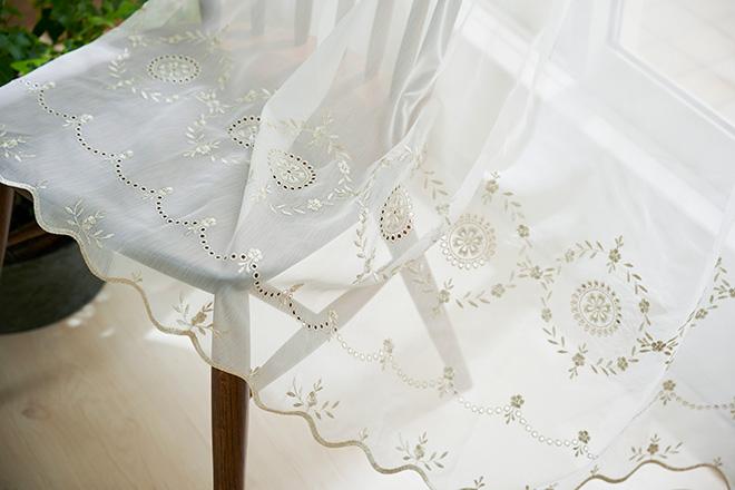 小花の刺繍が可愛い高級トルコ刺繍レース エラ