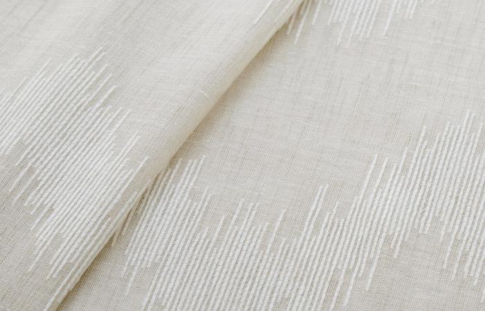 トルコ製レースカーテン ナチュラルな生地にモダンな幾何学模様を大胆に表現した カエルム(L-8203)