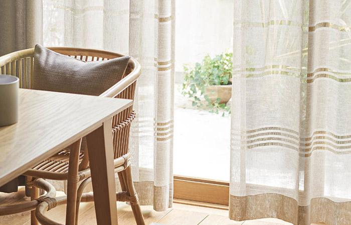 トルコ製レースカーテン 透かしのボーダー柄が美しいシンプルなデザイン テーハ(L-8203)
